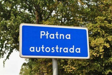 Płatne drogi w Polsce i Europie – sprawdź, ile zapłacisz na konkretnych trasach!
