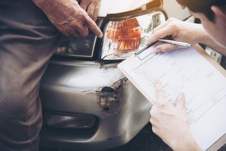 Czy ubezpieczenie autocasco obowiązuje w przypadku zalania samochodu?