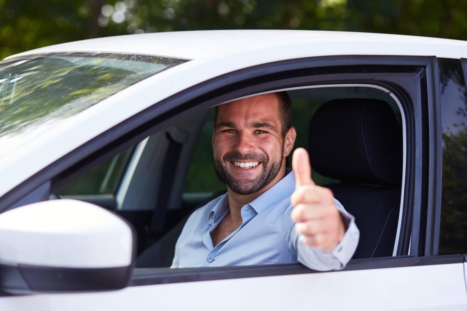 Jak znaleźć korzystne ubezpieczenie autocasco?