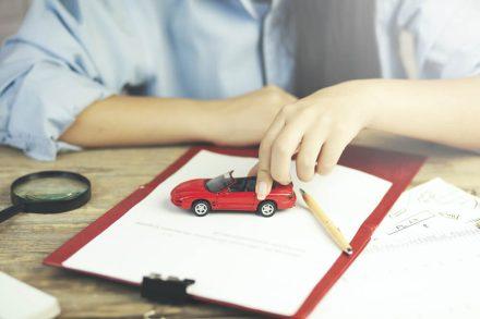 Jak wypowiedzieć umowę OC przy zakupie nowego pojazdu?
