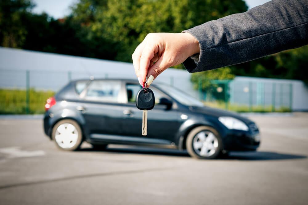 co z ubezpieczeniem samochodu po kupnie?