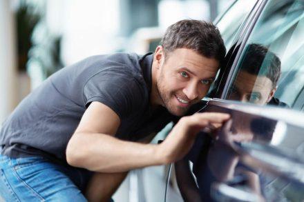 Sprowadzony samochód – jakie formalności Cię czekają?