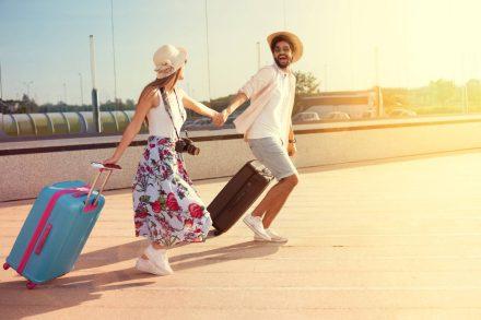 Tanie wakacje – poznaj zasady taniego podróżowania!