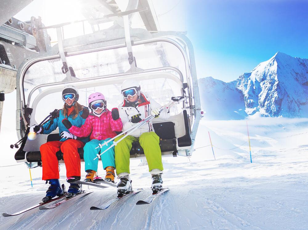 Ubezpieczenie na narty i snowboard dla całej rodziny