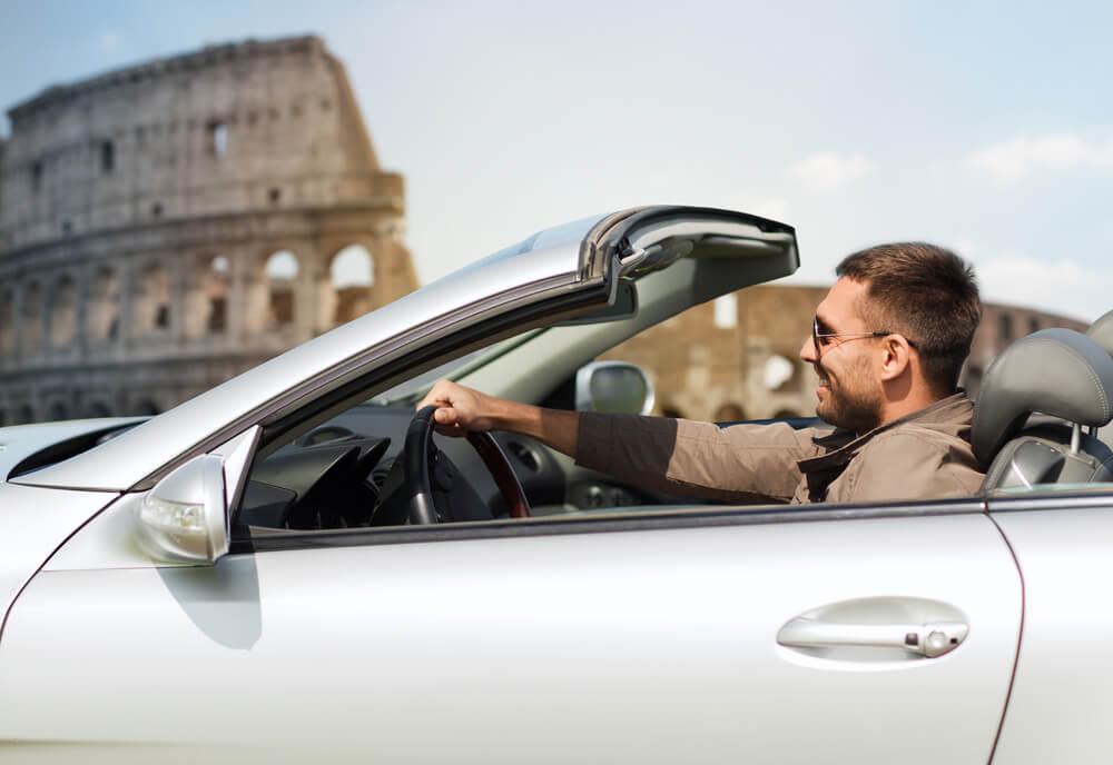 Poznaj przepisy drogowe we Włoszech i ciesz się bezpieczną podróżą
