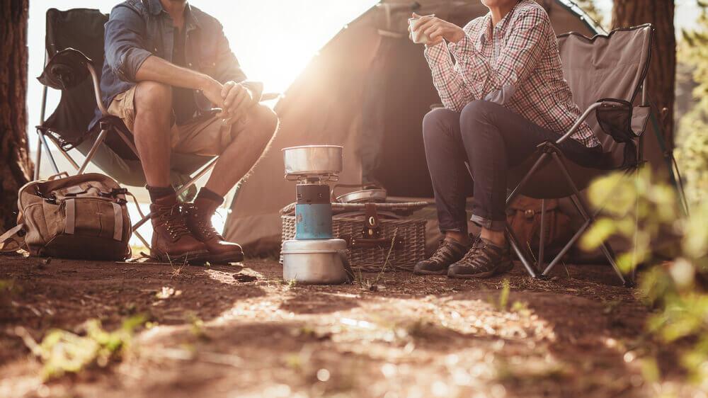 Co wziąć pod namiot – rzeczy niezbędne