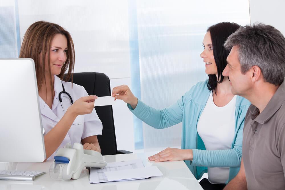 Z kartą EKUZ możesz liczyć na pomoc publicznej opieki zdrowotnej