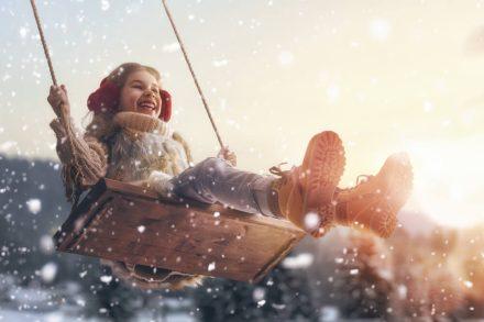Ferie zimowe – jakie ubezpieczenie dla dziecka?