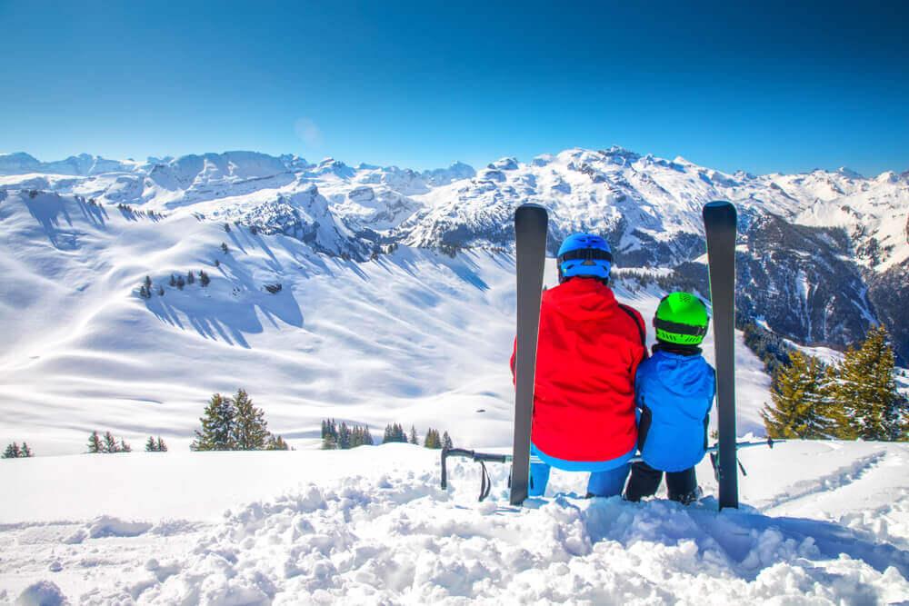 Gdzie na narty za granicę – przegląd tras dla amatorów i doświadczonych narciarzy