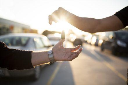 Auto na abonament – czyli co? Wyjaśniamy!