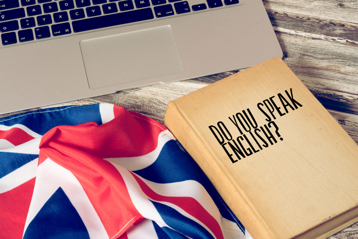 Czym się różni system ubezpieczeń w Anglii i w Polsce? Jak znaleźć najtańsze OC?