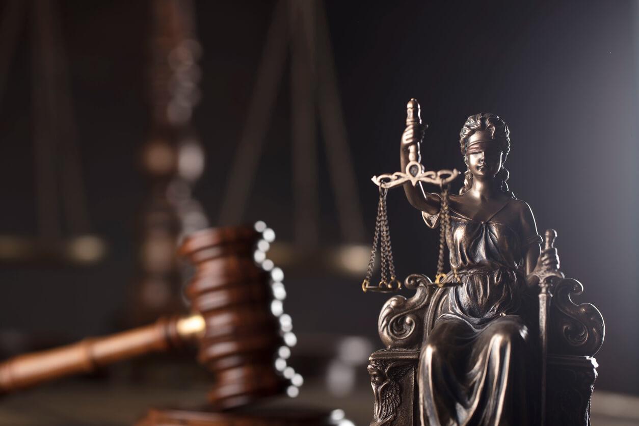 Czym jest ubezpieczenie ochrony prawnej kierowcy?