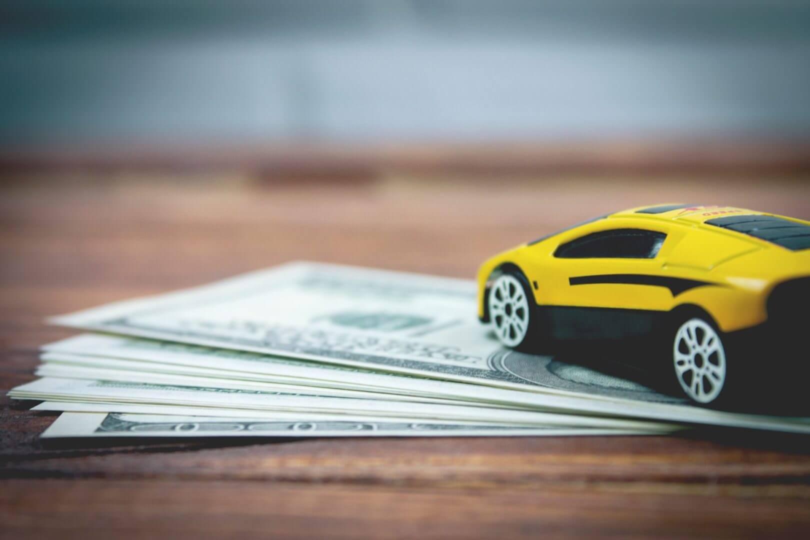 Pieniądze i auto koncepcyjne
