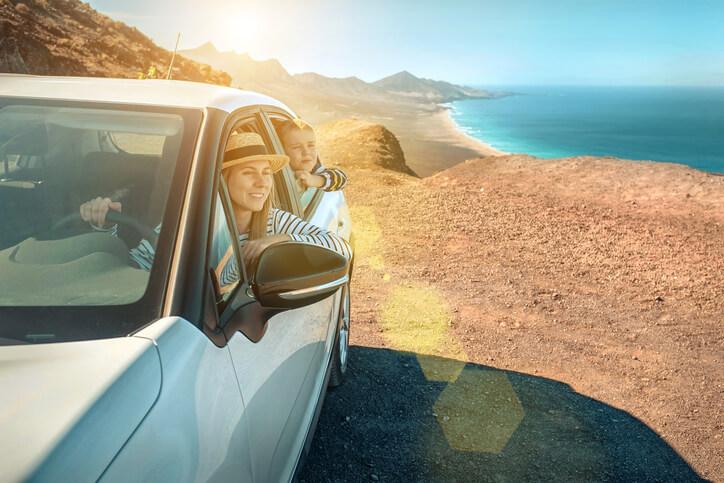 Wakacje samochodem za granicą – jak się do nich przygotować?