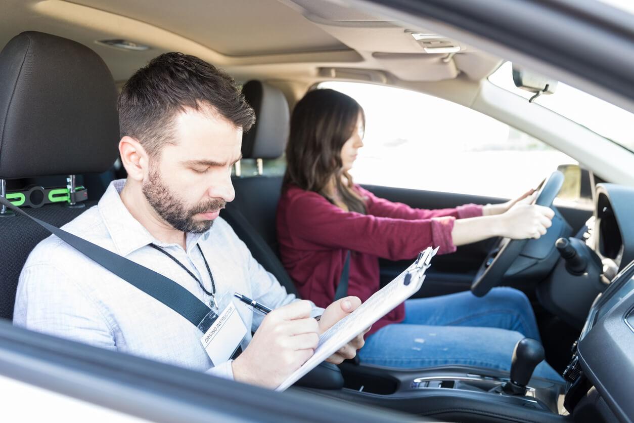 Prawo jazdy w 2020 – ile czeka się na dokument?