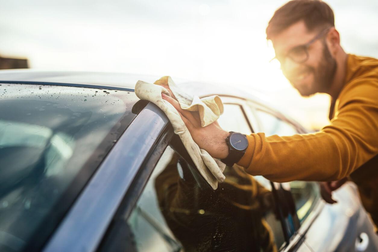 Jak dbać o samochód na zewnątrz?