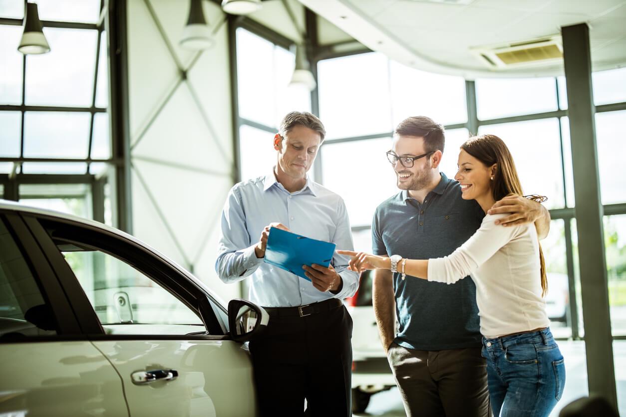 Jak przepisać OC na nowego właściciela auta?