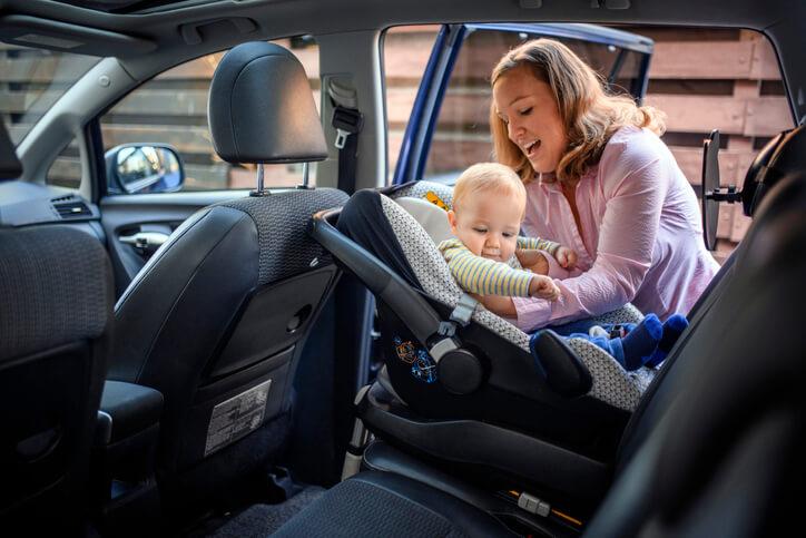 Fotelik samochodowy – zasady doboru i zakładania
