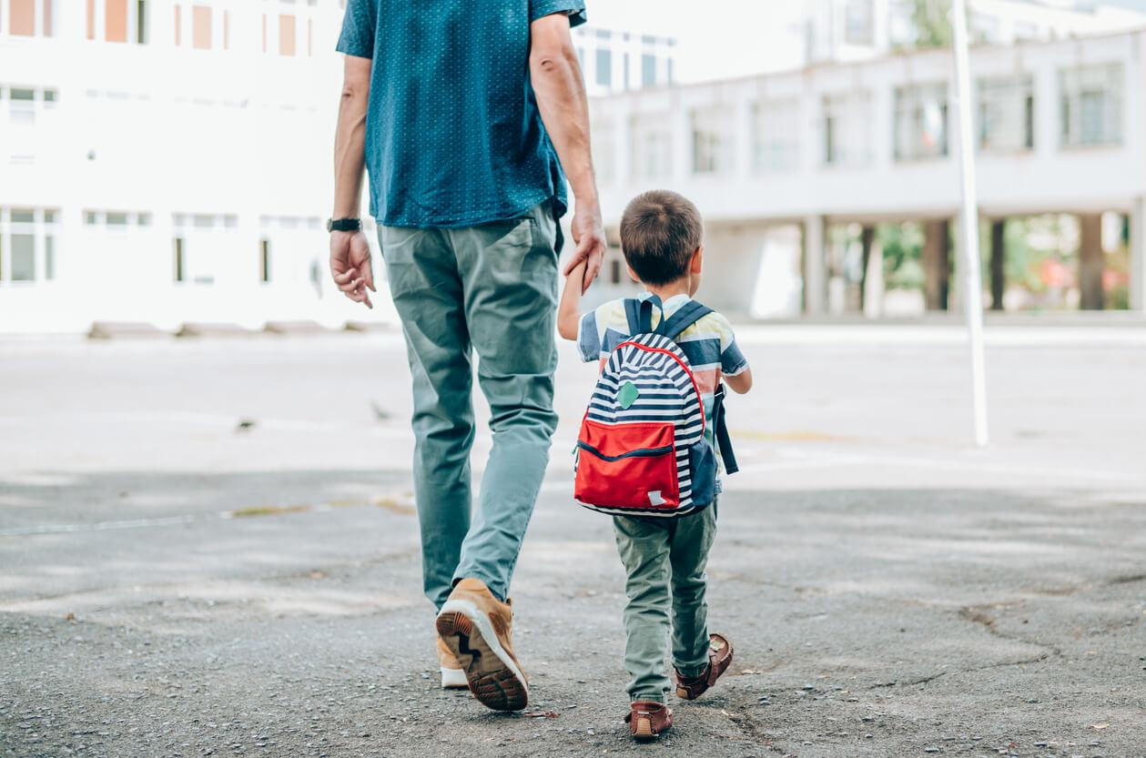 NNW szkolne dla dziecka – jak wybrać najlepsze?