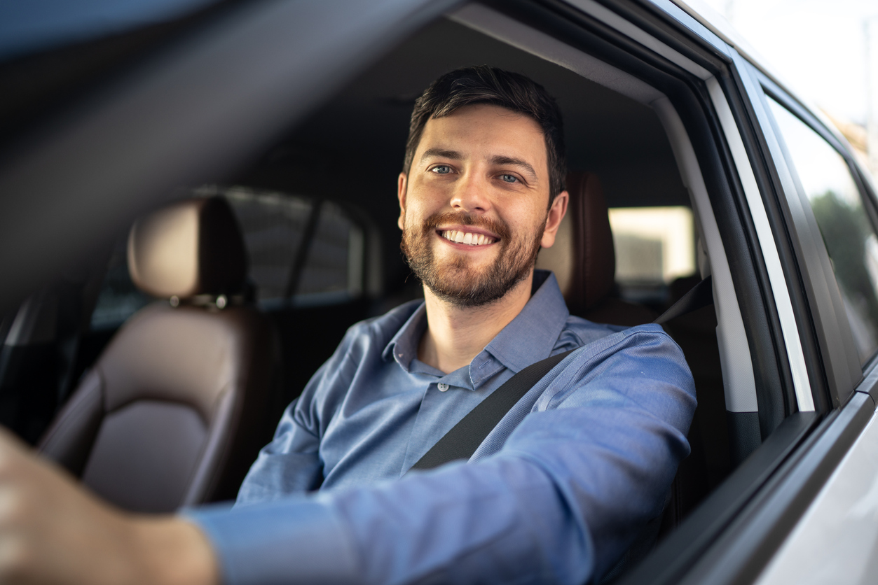 Jak znaleźć najlepszą polisę na wyjazd samochodem za granicę?