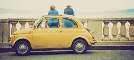 Wyjaśniamy, jak działają ubezpieczenia online w przypadku zabytkowych samochodów!