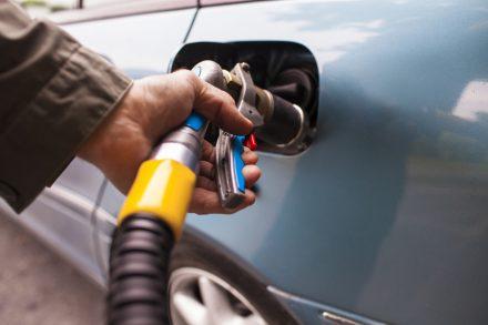 Czy można wykupić polisę AC dla samochodu na gaz?