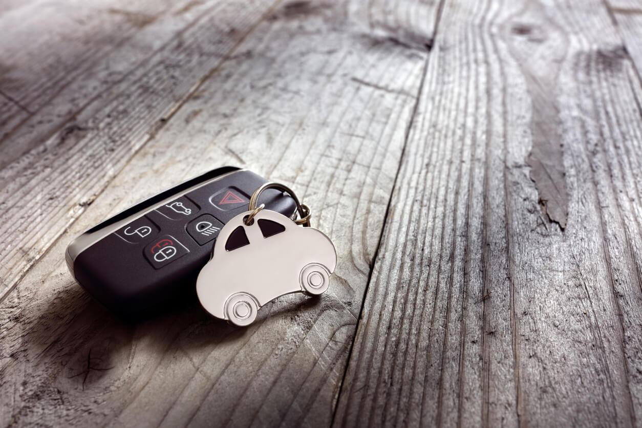 W jaki sposób można wykupić ubezpieczenie auta?