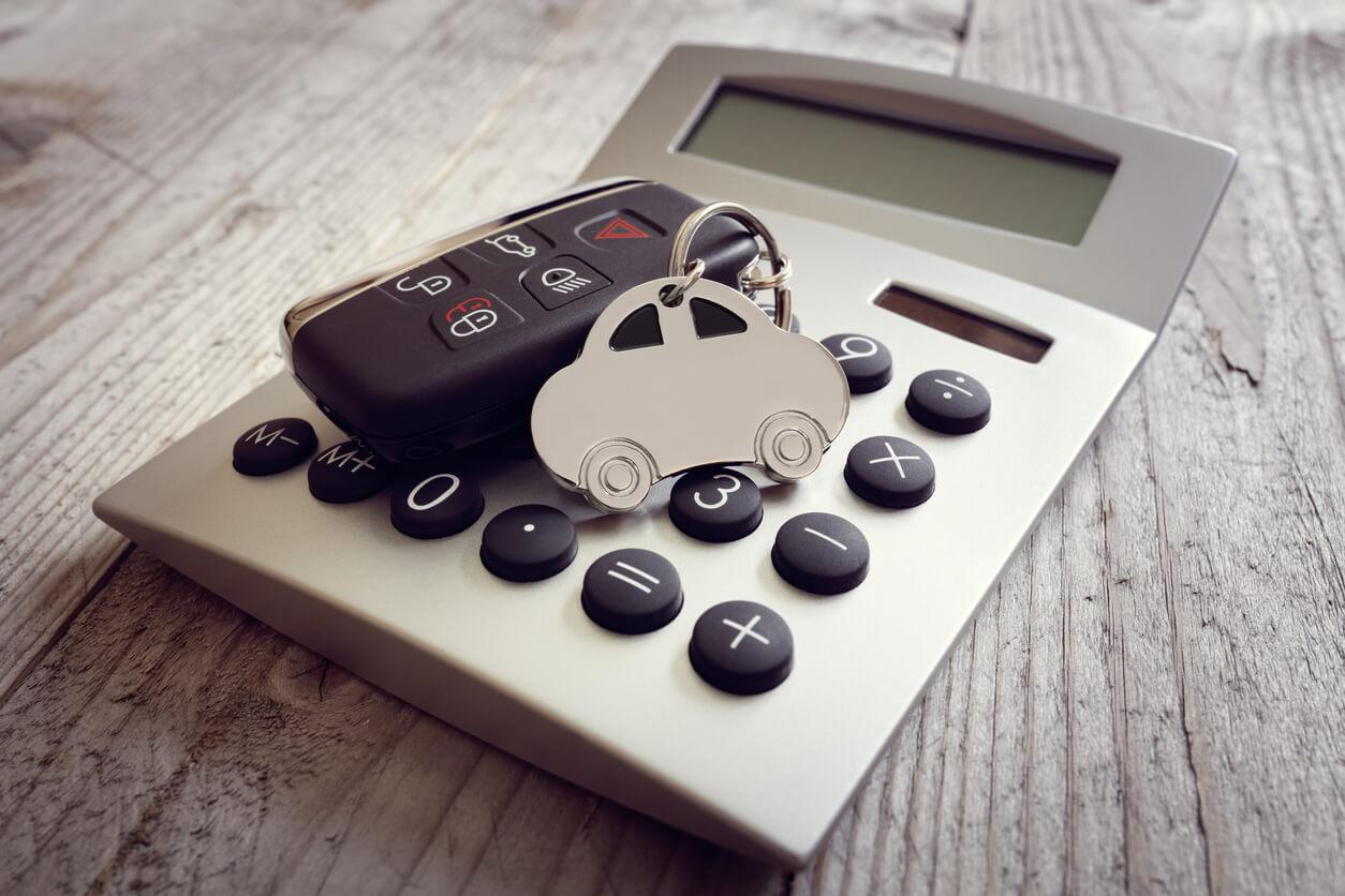 Zwrot ubezpieczenia kupionego online – kiedy da się odstąpić od umowy?