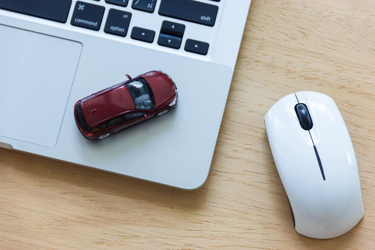 Jak znaleźć najlepsze ubezpieczenie na samochód sprowadzony ze Szwajcarii?