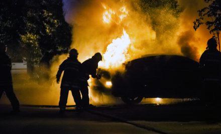 AC od pożaru samochodu – sprawdź, dlaczego warto je kupić!