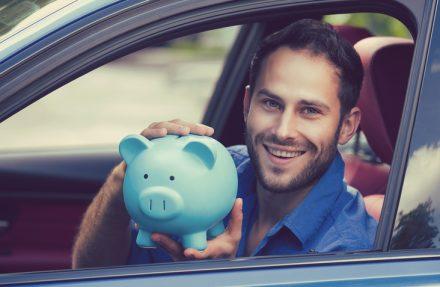 Numer VIN samochodu – gdzie go szukać i czy jest potrzebny, by kupić najtańsze OC?