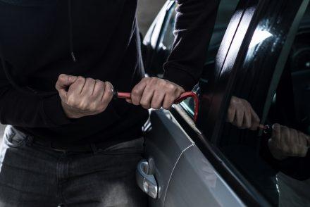 Nieświadome kupno kradzionego samochodu – co grozi właścicielowi?