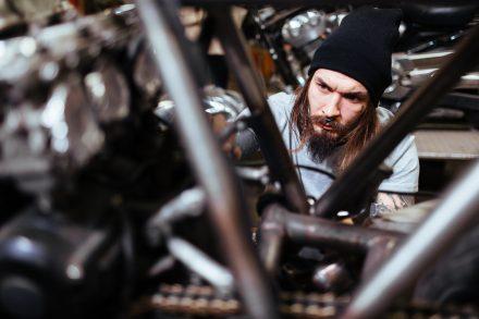 Zmiany konstrukcyjne samochodu a zakup OC – co musisz wiedzieć?