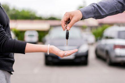 """Co warto wiedzieć o OC z """"drugiej ręki"""", czyli ubezpieczeniu używanego samochodu?"""