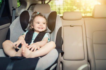 ABC młodego rodzica – przewożenie dzieci w samochodzie