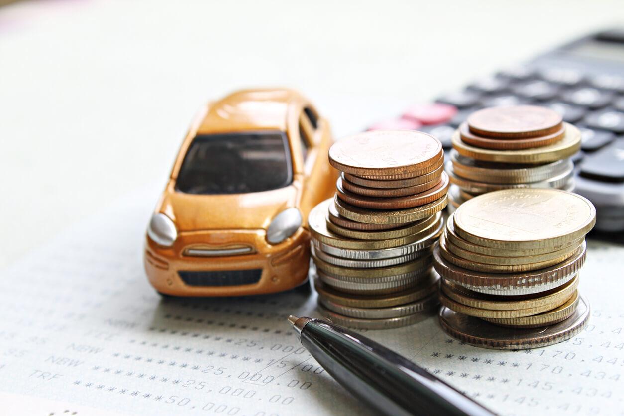 Ile kosztuje OC na miesiąc – czy opłaca się je kupić?