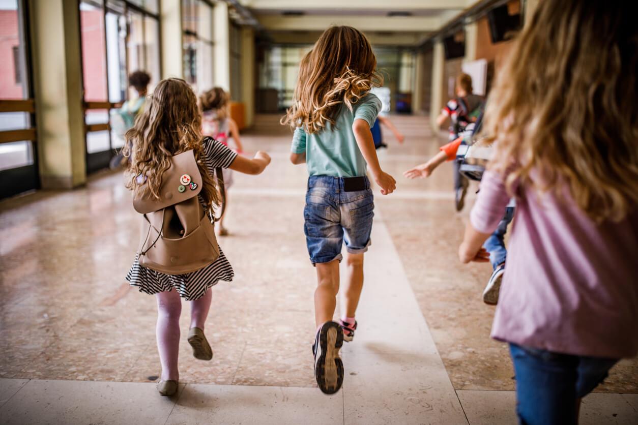 Ubezpieczenie szkolne NNW – 3 rzeczy, które warto o nim wiedzieć