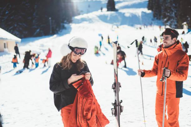 Gdzie na narty w czasie pandemii koronawirusa? Analiza topowych kierunków