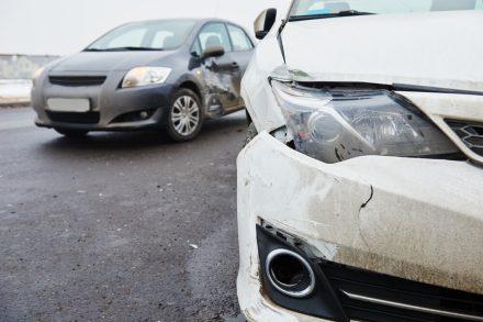 Co z odszkodowaniem za stłuczkę autem firmowym?
