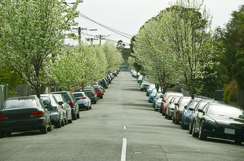 parkowanie w garażu równa się niższej składce OC i AC