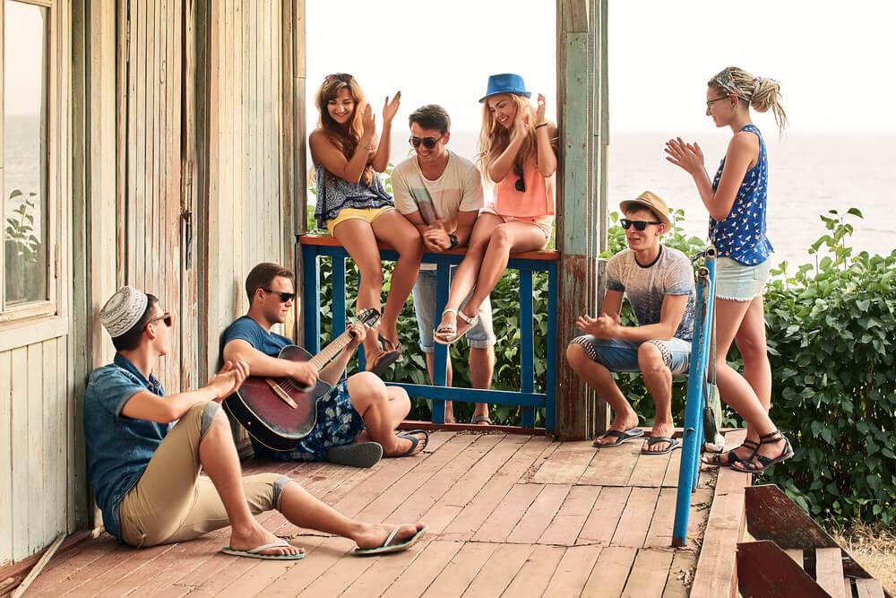 ubezpieczenie turystyczne online dla grupy znajomych na wakacje
