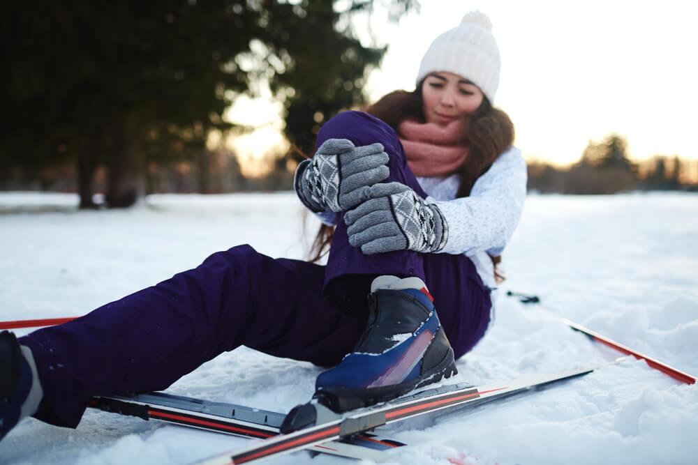 co uwzględnić w ubezpieczeniu dla narciarza