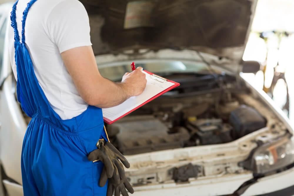pomoc niezależnego rzeczoznawcy samochodowego