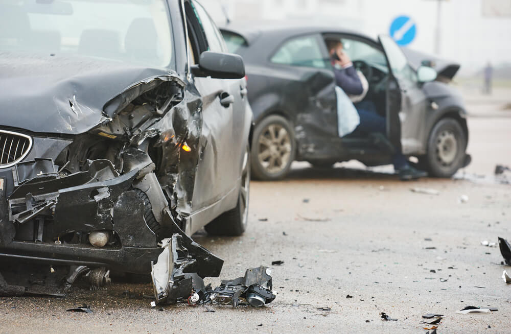 Nie martw się o cenę OC mimo spowodowania wypadku dzięki ochronie zniżek OC