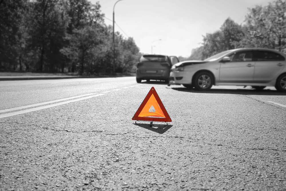 odszkodowanie po wypadku samochodowym a nieważne badania techniczne