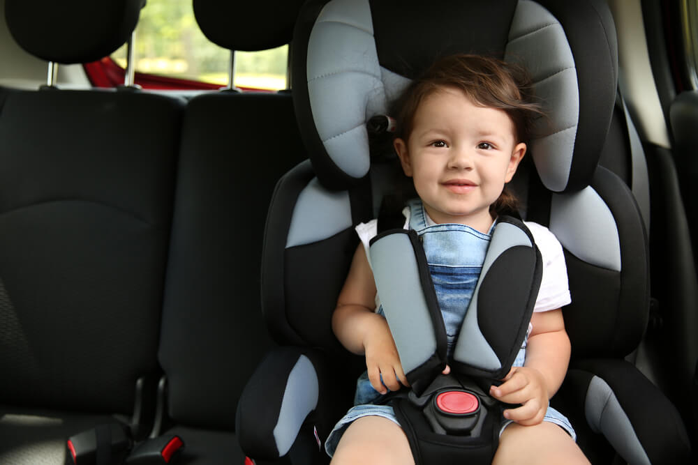 Pamiętaj, aby wybrać fotelik samochodowy dopasowany do wagi i wzrostu dziecka