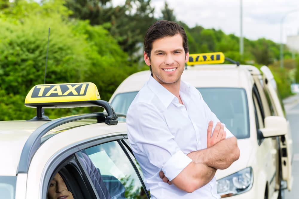 kierowcy taksówki – ile zapłacą za OC i AC?