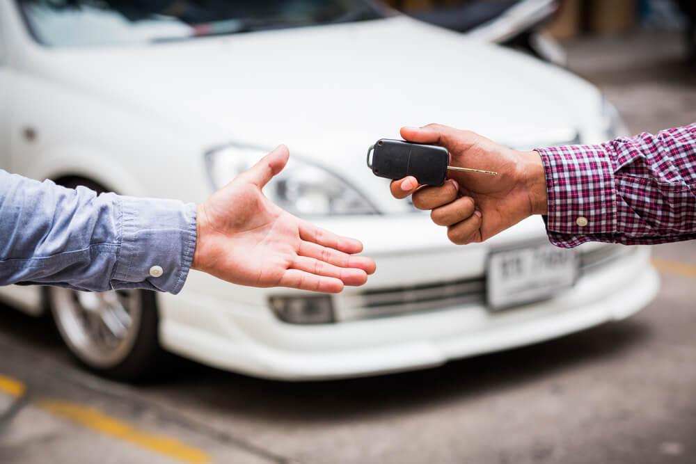 Wypowiedzenie umowy OC po zakupie samochodu jest możliwe