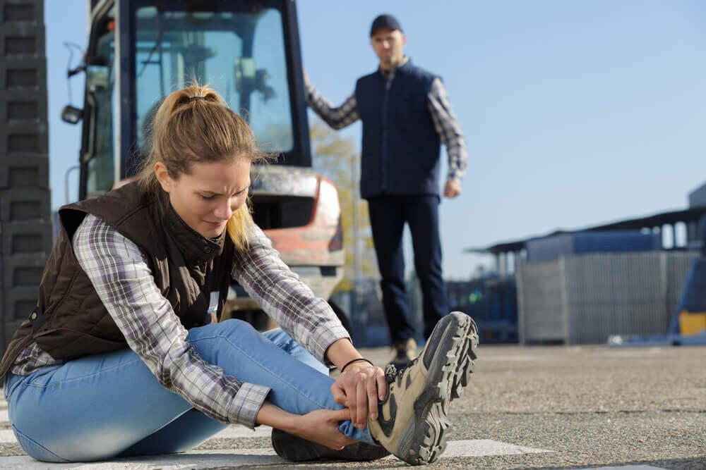 Ubezpieczenie aut firmowych – leasing a pakiet autocasco