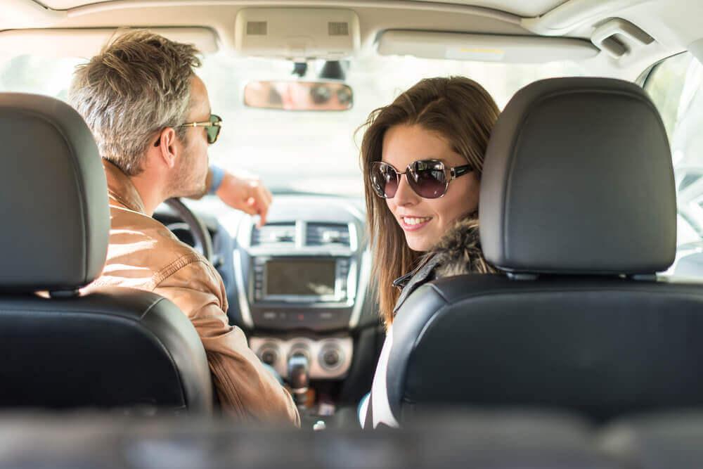 zachowanie lub wypowiedzenie umowy oc po zakupie auta